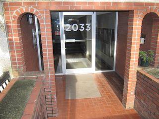 Photo 3: 300 2033 W 7TH AVENUE in Vancouver: Kitsilano Condo for sale (Vancouver West)  : MLS®# R2227644