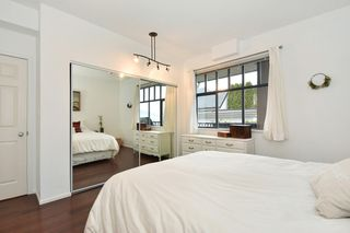 """Photo 14: 405 2525 QUEBEC Street in Vancouver: Mount Pleasant VE Condo for sale in """"CORNERSTONE"""" (Vancouver East)  : MLS®# R2230636"""