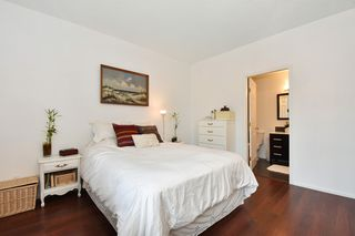 """Photo 15: 405 2525 QUEBEC Street in Vancouver: Mount Pleasant VE Condo for sale in """"CORNERSTONE"""" (Vancouver East)  : MLS®# R2230636"""