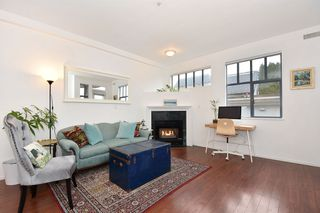 """Photo 4: 405 2525 QUEBEC Street in Vancouver: Mount Pleasant VE Condo for sale in """"CORNERSTONE"""" (Vancouver East)  : MLS®# R2230636"""