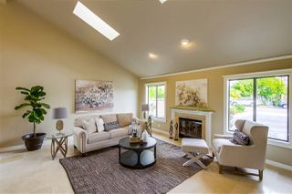 Photo 3: ENCINITAS House for sale : 4 bedrooms : 226 Meadow Vista Way