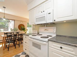Photo 7: 3626 Tillicum Road in VICTORIA: SW Tillicum Townhouse for sale (Saanich West)  : MLS®# 391570