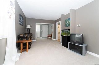 Photo 9: 291 Parkview Street in Winnipeg: St James Residential for sale (5E)  : MLS®# 1812988