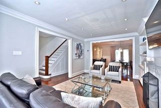 Photo 4: 466 St Clements Avenue in Toronto: Lawrence Park South House (2-Storey) for sale (Toronto C04)  : MLS®# C4238561