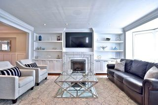 Photo 3: 466 St Clements Avenue in Toronto: Lawrence Park South House (2-Storey) for sale (Toronto C04)  : MLS®# C4238561