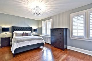Photo 11: 466 St Clements Avenue in Toronto: Lawrence Park South House (2-Storey) for sale (Toronto C04)  : MLS®# C4238561