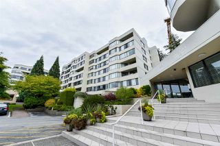 "Main Photo: 307 1442 FOSTER Street: White Rock Condo for sale in ""WHITE ROCK SQUARE II"" (South Surrey White Rock)  : MLS®# R2309603"