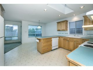 "Photo 11: 5318 WINDJAMMER Road in Delta: Neilsen Grove House for sale in ""MARINA GARDEN ESTATES"" (Ladner)  : MLS®# R2322961"