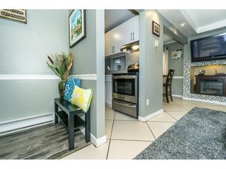 "Photo 3: 174 27456 32 Avenue in Langley: Aldergrove Langley Townhouse for sale in ""Cedar Park Estates"" : MLS®# R2323637"