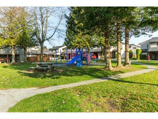 "Photo 18: 174 27456 32 Avenue in Langley: Aldergrove Langley Townhouse for sale in ""Cedar Park Estates"" : MLS®# R2323637"