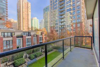 "Photo 15: 310 928 HOMER Street in Vancouver: Yaletown Condo for sale in ""YALETOWN PARK 1"" (Vancouver West)  : MLS®# R2326773"