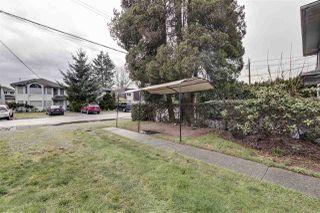 Photo 2: 1939 GRANT Avenue in Port Coquitlam: Glenwood PQ House 1/2 Duplex for sale : MLS®# R2330940