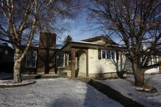 Main Photo: 3504 16A Avenue NW in Edmonton: Zone 29 House for sale : MLS®# E4140107