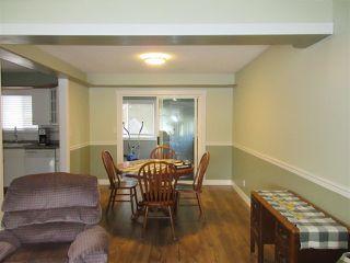 Photo 4: 10104 HYMAR Drive in Chilliwack: Fairfield Island House for sale : MLS®# R2331916
