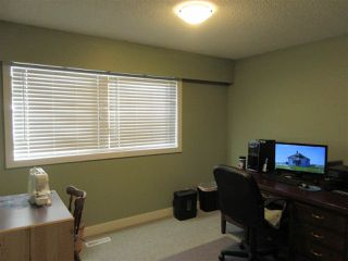 Photo 9: 10104 HYMAR Drive in Chilliwack: Fairfield Island House for sale : MLS®# R2331916