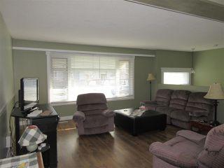Photo 2: 10104 HYMAR Drive in Chilliwack: Fairfield Island House for sale : MLS®# R2331916