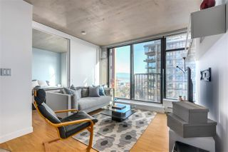 """Main Photo: 2905 128 W CORDOVA Street in Vancouver: Downtown VW Condo for sale in """"Woodwards"""" (Vancouver West)  : MLS®# R2332522"""