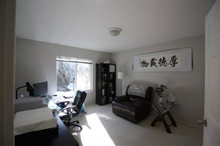 Photo 2: 19 16128 86 Avenue in Surrey: Fleetwood Tynehead Townhouse for sale : MLS®# R2342081