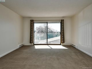 Photo 6: 220 900 Tolmie Avenue in VICTORIA: SE Quadra Condo Apartment for sale (Saanich East)  : MLS®# 407074