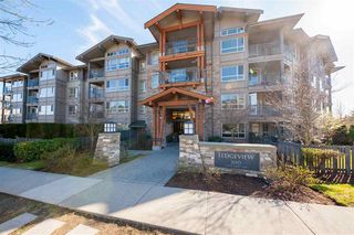 Photo 1: 203 3110 DAYANEE SPRINGS Boulevard in Coquitlam: Westwood Plateau Condo for sale : MLS®# R2354233