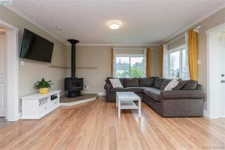 Photo 3: 193 Helmcken Rd in VICTORIA: VR View Royal Single Family Detached for sale (View Royal)  : MLS®# 812020