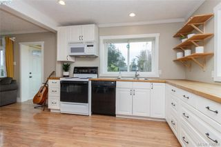 Photo 7: 193 Helmcken Rd in VICTORIA: VR View Royal Single Family Detached for sale (View Royal)  : MLS®# 812020