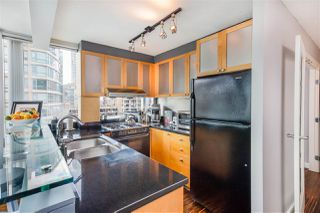 "Photo 8: 1002 1003 BURNABY Street in Vancouver: West End VW Condo for sale in ""MILANO"" (Vancouver West)  : MLS®# R2365950"