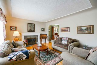 Photo 4: 4039 RUMBLE Street in Burnaby: Suncrest House for sale (Burnaby South)  : MLS®# R2368210