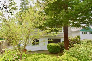 Photo 3: 953 E 13TH Street in North Vancouver: Boulevard House for sale : MLS®# R2368818
