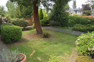Photo 5: 953 E 13TH Street in North Vancouver: Boulevard House for sale : MLS®# R2368818
