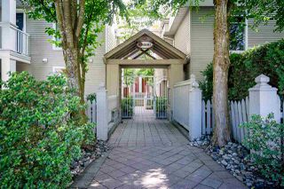"Photo 1: 6 3130 W 4TH Avenue in Vancouver: Kitsilano Townhouse for sale in ""Avanti"" (Vancouver West)  : MLS®# R2371351"