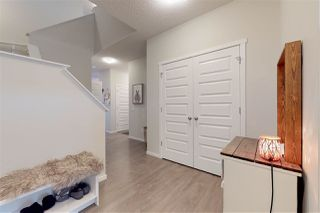 Photo 2: 2330 CASSIDY Way in Edmonton: Zone 55 House for sale : MLS®# E4160804