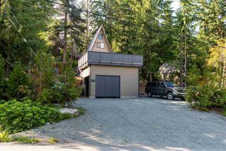 "Photo 14: 8409 MATTERHORN Drive in Whistler: Alpine Meadows House for sale in ""ALPINE MEADOWS"" : MLS®# R2380534"