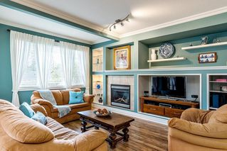 Photo 4: 20440 67B Avenue in Langley: Willoughby Heights House for sale : MLS®# R2385936