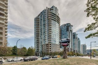 "Main Photo: 1501 120 MILROSS Avenue in Vancouver: Downtown VE Condo for sale in ""BRIGHTON"" (Vancouver East)  : MLS®# R2403473"