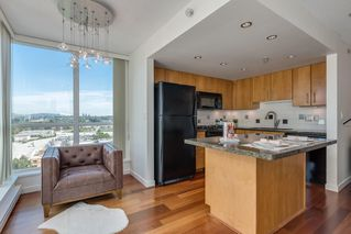 "Photo 8: 1501 120 MILROSS Avenue in Vancouver: Downtown VE Condo for sale in ""BRIGHTON"" (Vancouver East)  : MLS®# R2403473"