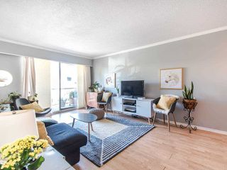 """Photo 6: 303 610 THIRD Avenue in New Westminster: Uptown NW Condo for sale in """"Jae Mar Court"""" : MLS®# R2410850"""