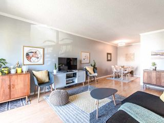"""Photo 4: 303 610 THIRD Avenue in New Westminster: Uptown NW Condo for sale in """"Jae Mar Court"""" : MLS®# R2410850"""