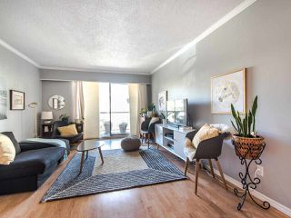 """Photo 2: 303 610 THIRD Avenue in New Westminster: Uptown NW Condo for sale in """"Jae Mar Court"""" : MLS®# R2410850"""