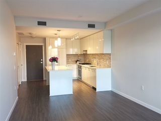 "Photo 10: 130 9500 TOMICKI Avenue in Richmond: West Cambie Condo for sale in ""TRAFALGAR SQUARE"" : MLS®# R2412127"