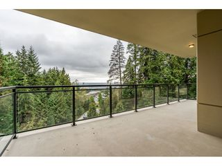 Photo 18: 402 1415 PARKWAY BOULEVARD in Coquitlam: Westwood Plateau Condo for sale : MLS®# R2416229
