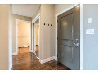 Photo 3: 402 1415 PARKWAY BOULEVARD in Coquitlam: Westwood Plateau Condo for sale : MLS®# R2416229
