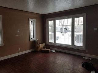 Photo 3: 11835 51 Street NW in Edmonton: Zone 06 House for sale : MLS®# E4187428