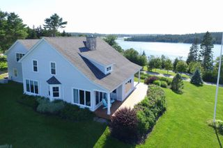 Photo 3: 253 Hebb Point Road in Heckman's Island: 405-Lunenburg County Residential for sale (South Shore)  : MLS®# 202005187