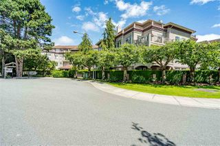 "Photo 2: 107 1300 HUNTER Road in Delta: Beach Grove Condo for sale in ""HUNTER GREEN"" (Tsawwassen)  : MLS®# R2469515"