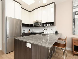 Photo 6: 404 1015 Rockland Ave in Victoria: Vi Fairfield East Condo Apartment for sale : MLS®# 837620