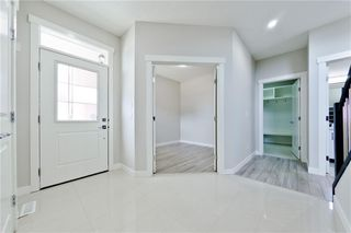 Photo 4: 614 KINGSMERE Way SE: Airdrie Detached for sale : MLS®# A1021250