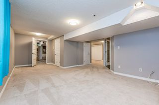 Photo 34: 215 HEAGLE Crescent in Edmonton: Zone 14 House for sale : MLS®# E4214163