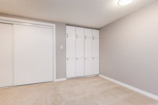 Photo 35: 215 HEAGLE Crescent in Edmonton: Zone 14 House for sale : MLS®# E4214163