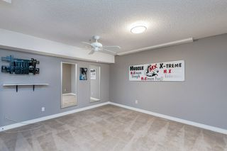 Photo 31: 215 HEAGLE Crescent in Edmonton: Zone 14 House for sale : MLS®# E4214163
